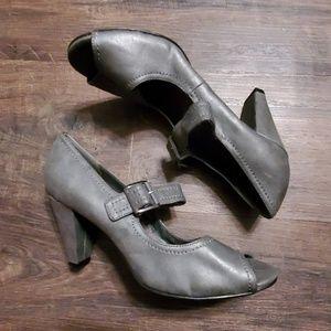 AEROSOLES Shoes - Aerosoles Gray Peeptoe Heels